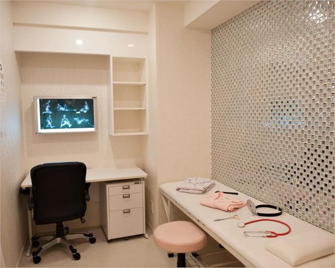 这个情人节玩点不一样的,探访日本电视情趣!客厅5d背景酒店墙效果图图片